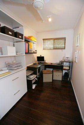 Montar un despacho en casa decoracion en el hogar - Decorar despacho pequeno ...