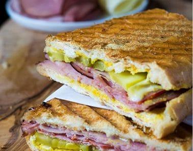 Sandwich o emparedado cubano