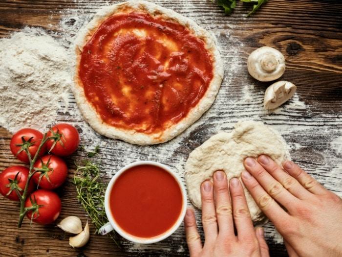 Sorprende en San Valentín con estas 9 pizzas