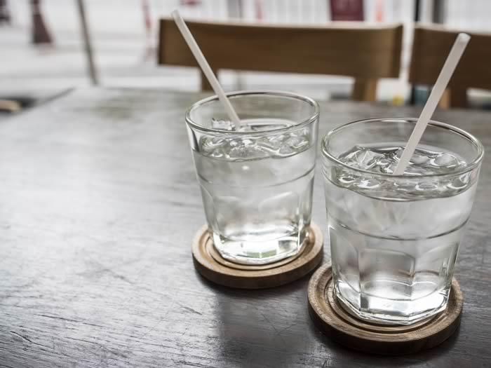 Evita beber mucha agua antes de dormir