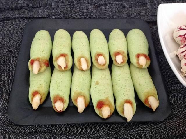 Recetas de Halloween dulces: galletas dedos de zombie