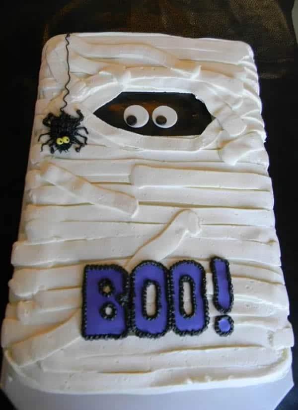 Tarta para Halloween de momia fácil