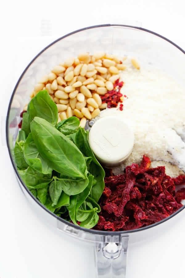 Recetas de pesto: pesto de tomates secos y albahaca