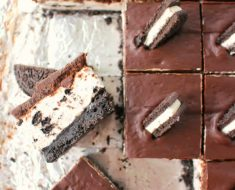 Postres sin horno: tarta de queso y galletas oreo