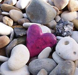 piedra en forma de corazón