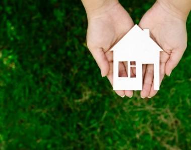 ¿Puedo aportar mi casa hipotecada al capital de una sociedad?