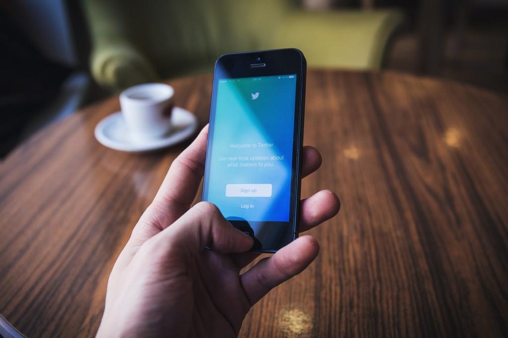 Condenado a tuitear la sentencia durante 30 dias