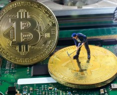bitcoin-miners-e1477665223385