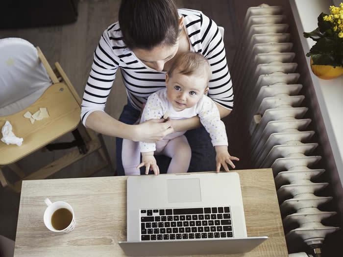 Mujeres con hijos rinden más en el trabajo