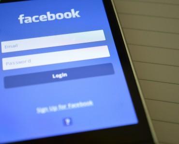 Facebook en el disparadero de la protección de datos