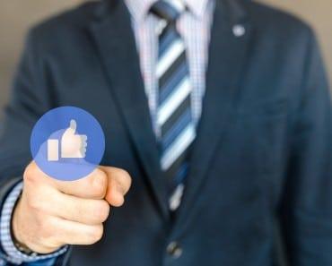 """La responsabilidad del administrador de la página de Facebook de la empresa por los datos de los """"fans"""""""