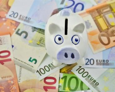 Las cajas de ahorro alemanas y españolas