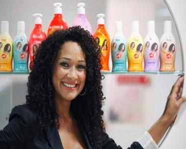 Leila Velez, emprendedora de éxito con la belleza natural