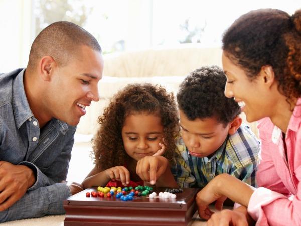 Los 8 Mejores Juegos Navidenos Para Jugar En Familia Fotos Radio