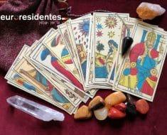 ¿Cómo se tiran las cartas del Tarot?