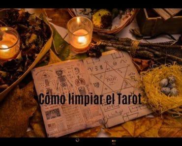 ¿Cómo limpiar las cartas del Tarot?