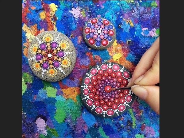piedras pintadas con mandalas