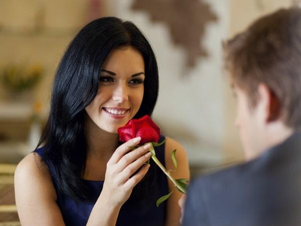 Chica enamorada, dialogo