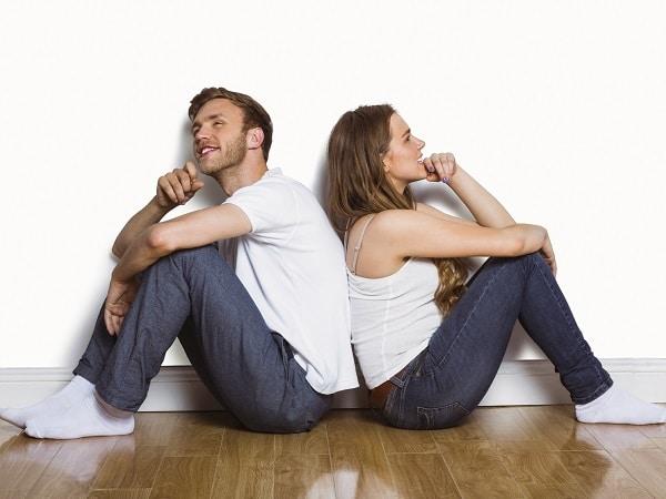 pareja-contraria