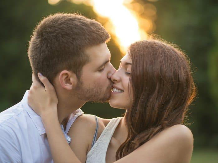 Beso romántico de Tauro