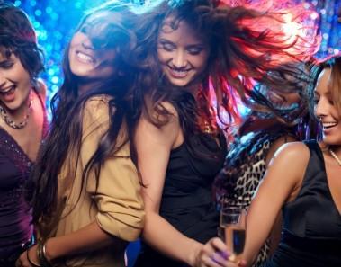 Discoteca, noche divertida y rompedora