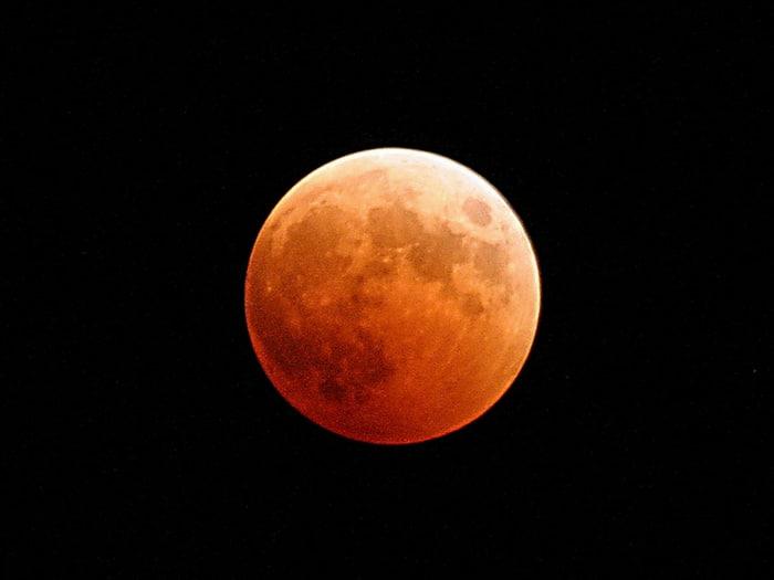Eclipse de la Luna de sangre o Luna roja