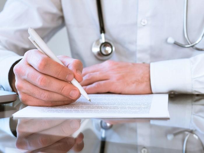 Refranes de médicos