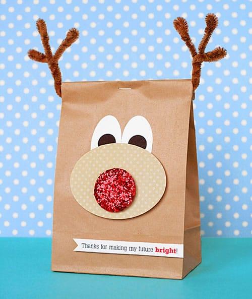 Manualidades de Navidad: idea para envolver regalos