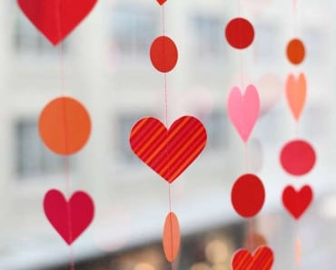 Ideas originales para hacer guirnaldas de corazones