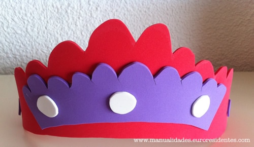 corona de goma eva