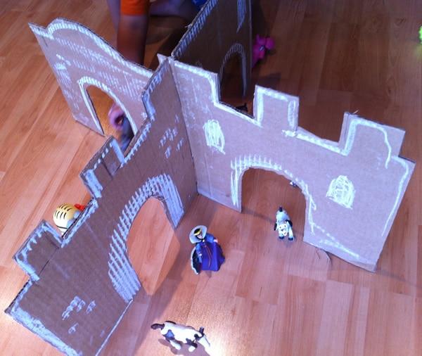 cómo hacer un castillo de cartón