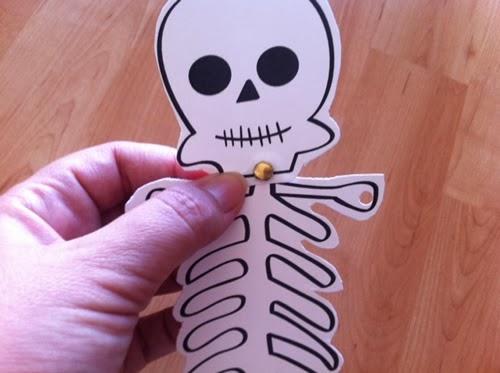 esqueleto recortable niños Halloween