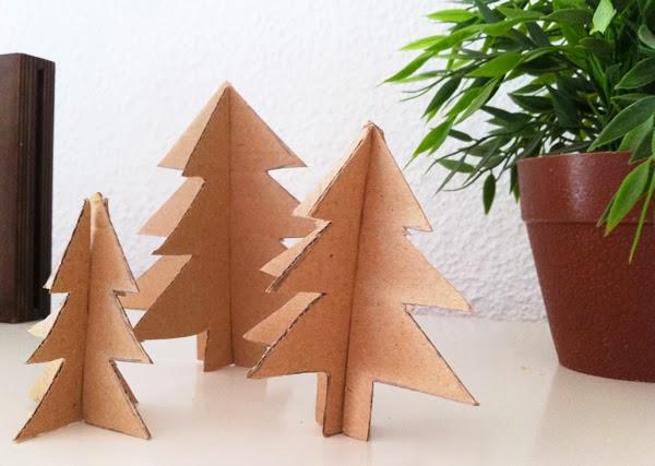 C mo hacer un rbol para navidad de cart n manualidades for Arbol de navidad con cajas de carton