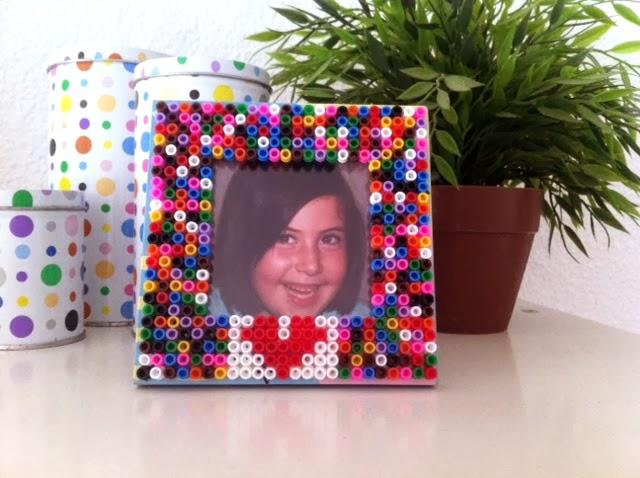 marco de fotos colorido para regalar