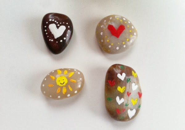 piedras pintadas san valentin