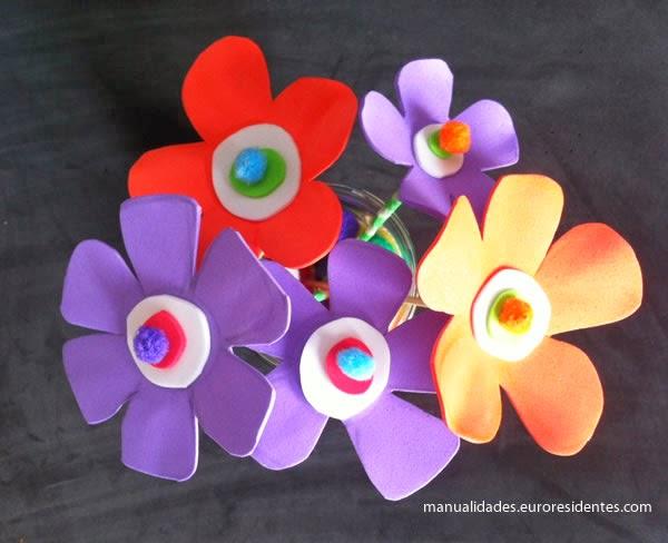 Flores de foami fciles Manualidades