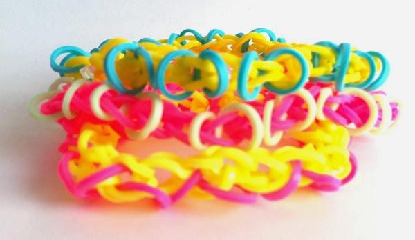 pulsera gomas con forma de infinitos