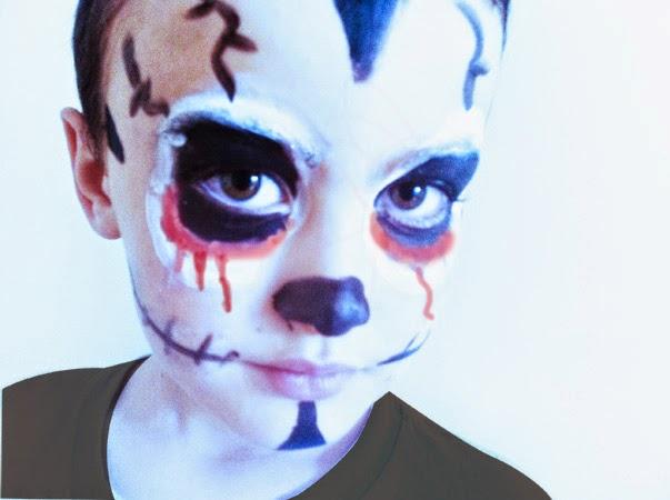 maquillaje fácil para  halloween de calavera o muerte