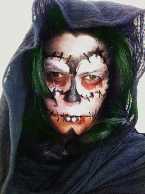 Maquillaje f cil de calavera para halloween manualidades - Pintura cara halloween ...