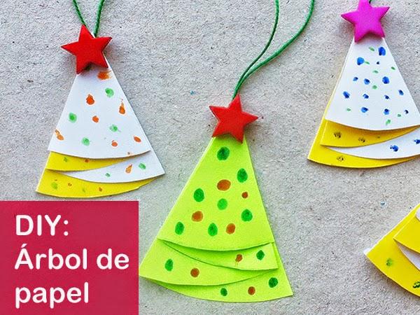 Cómo hacer un árbol de Navidad de papel decorativo - Manualidades