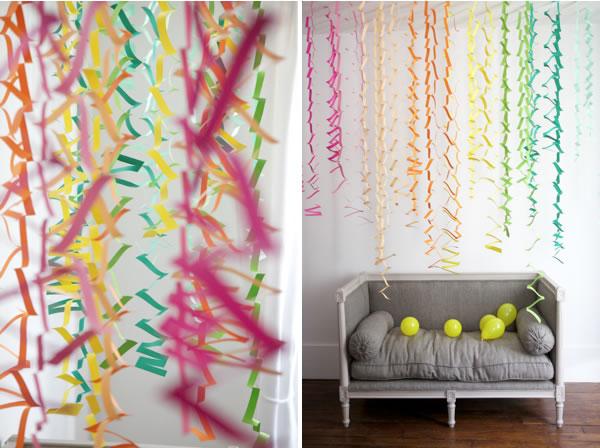 con papeles de colores y unas tijeras puedes hacer una original guirnalda en forma de zigzag - Como Hacer Una Guirnalda