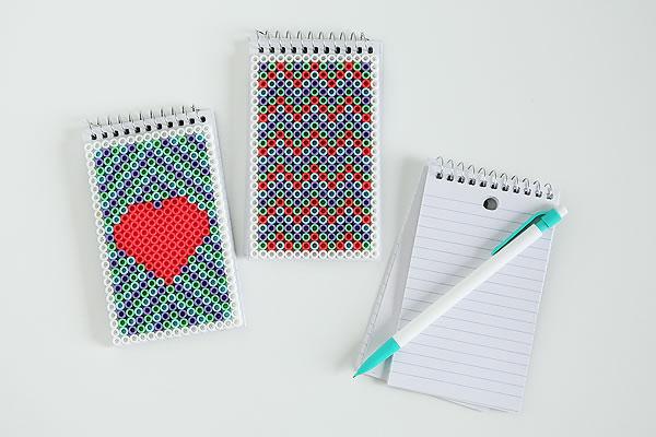 Libretas personalizadas con hamma beads