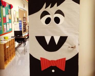 12 ideas para decorar la puerta de clase en Halloween