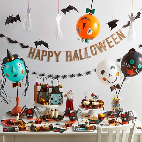 10 decoraciones para halloween que puedes hacer con globos for Decoracion mesa halloween