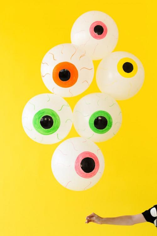 10 decoraciones para Halloween que puedes hacer con globos