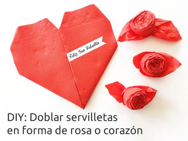 doblar servilletas en forma de corazón y rosas. San Valentín