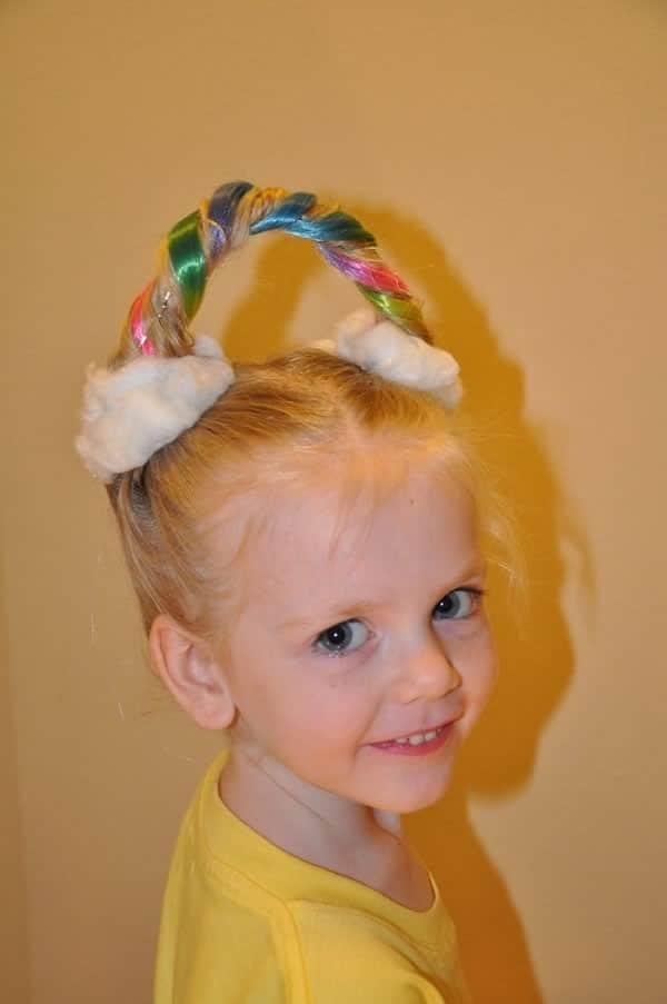 Idea peinado divertido niña: arco iris