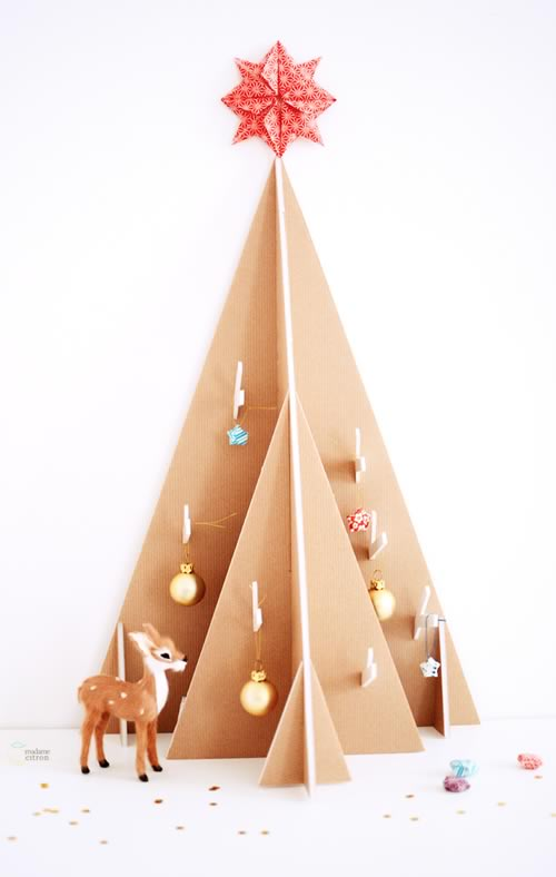 árbol de Navidad decorativo de cartón
