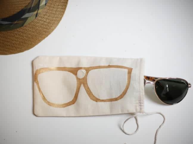 Manualidades para el Día del Padre: funda gafas