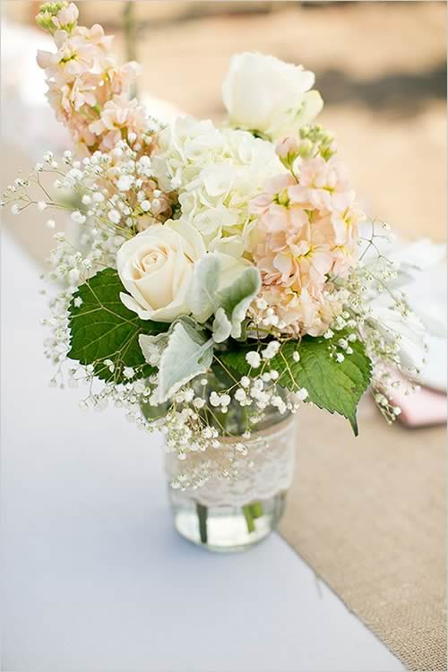 Ideas para reciclar botes de cristal: jarrón flores